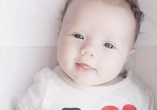 miminko, úsměv