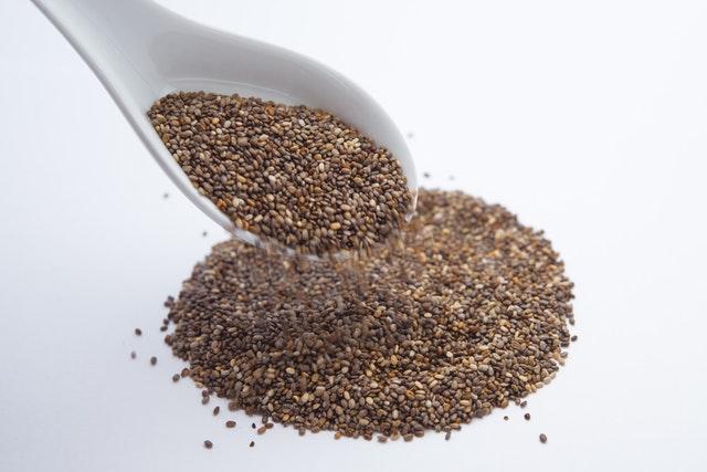 chia na lžičce, semena